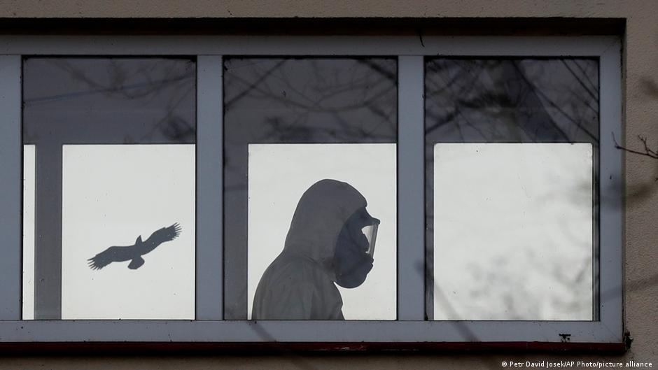 Rep. Checa El gobierno checo se ha visto obligado a introducir restricciones estrictas, ya que las infecciones siguen aumentando de manera dramática.
